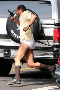 cuba gooding running in his underwear