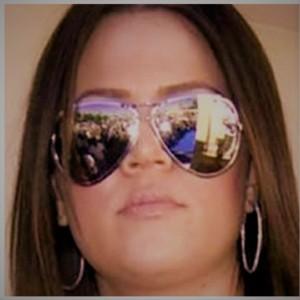 khloe-kardashian-sunglasses