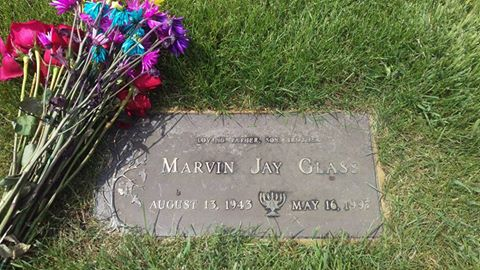 Marvin Glass grave marker in Illinois
